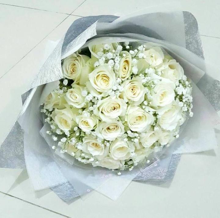 Kirim bunga handbouqet di daerah depok - Jual bunga handbouquet dengan pengiriman cepat dan harga pas