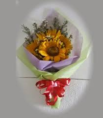 Toko Bunga di Kelapa Gading Jual Bunga Matahari Online