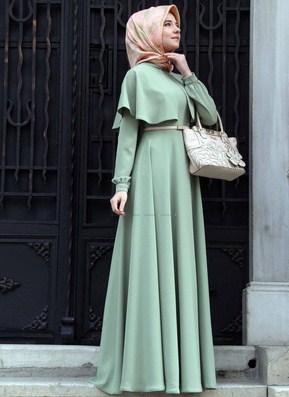 koleksi-foto-paduan-hijab-menutup-dada-dan-long-dress-untuk-ke-kondangan