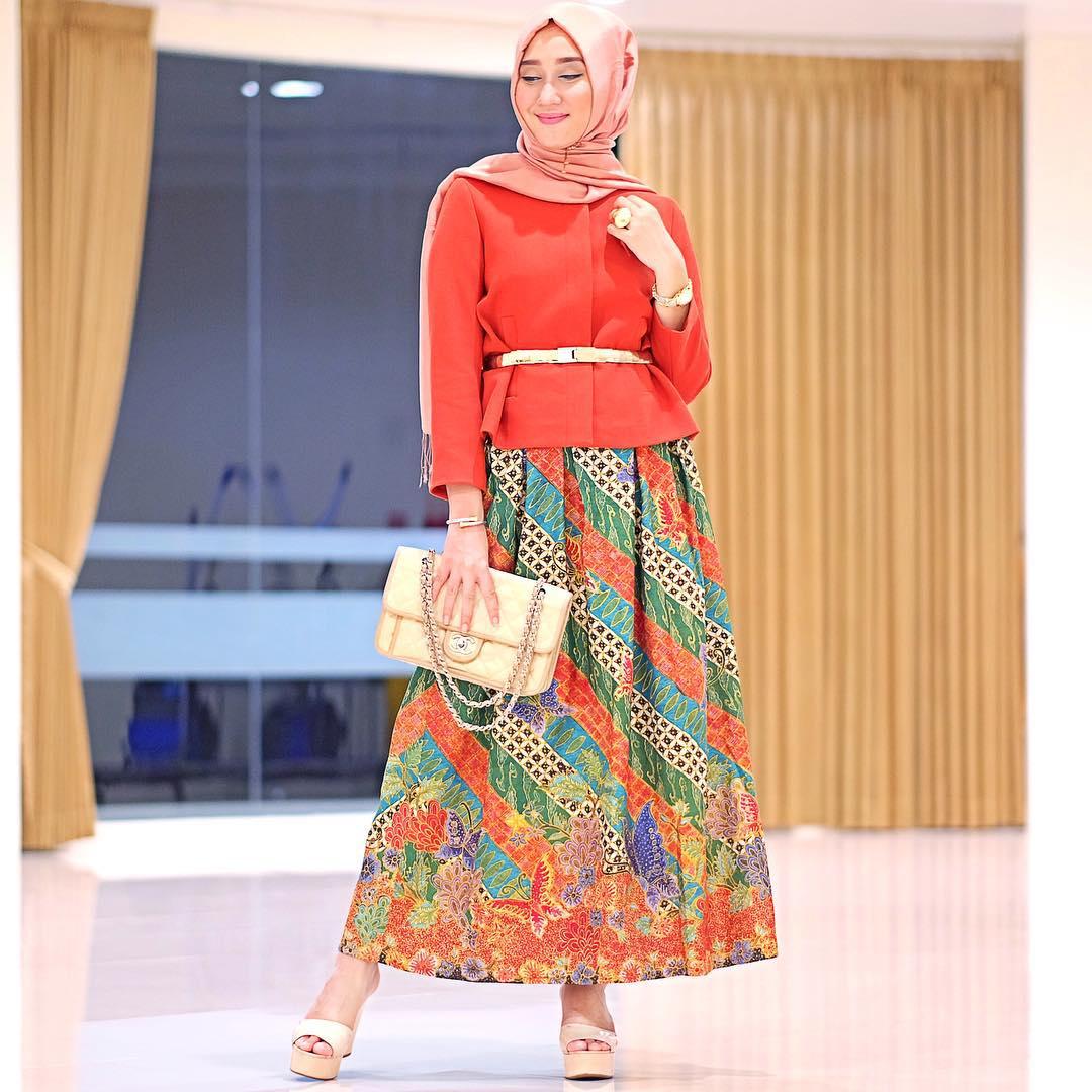 style-hijab-batik-dian-pelangi