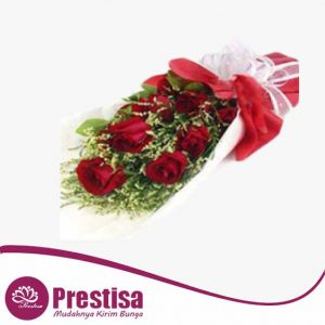 6_red_roses_bouquet_1