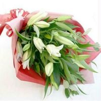 WE027._white-lilies-hand-bouquet-birthday-flower  HB37