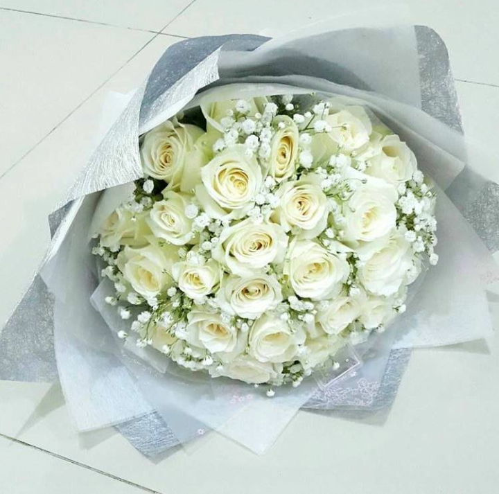 Toko Bunga Online Bunga Mawar Putih Di Kota Surabaya