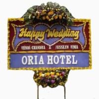 Kirim Express Karangan Bunga Papan Wedding di Kecamatan Batujaya di Karawang (BPW-53)