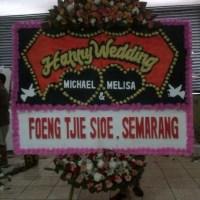 Pesan & Cepat Antar Karangan Bunga Papan Wedding di Kecamatan Kota Baru di Karawang (BPW-77)