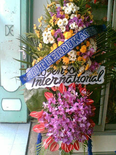 toko bunga standing flower belasungkawa di kabupaten kuningan