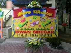 jual bunga papan wedding di kabupaten purwakarta
