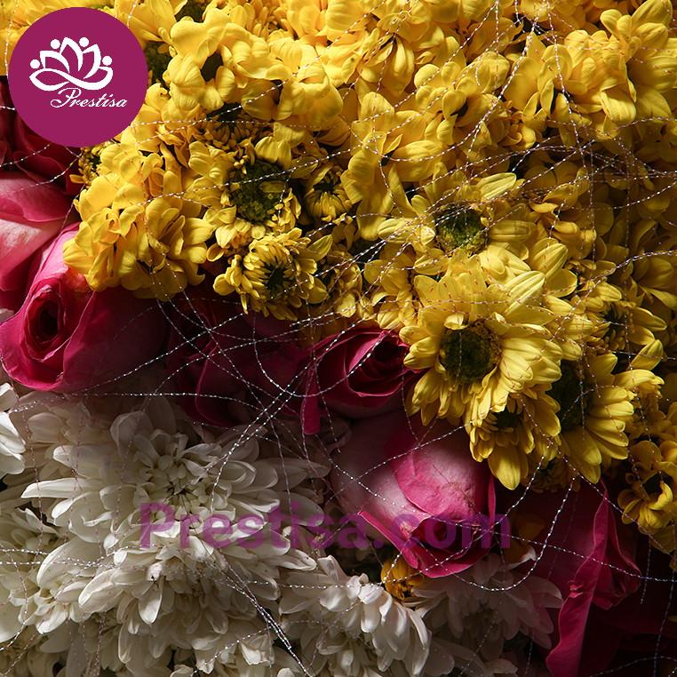 Hand-Bouquet-3_4-picsay