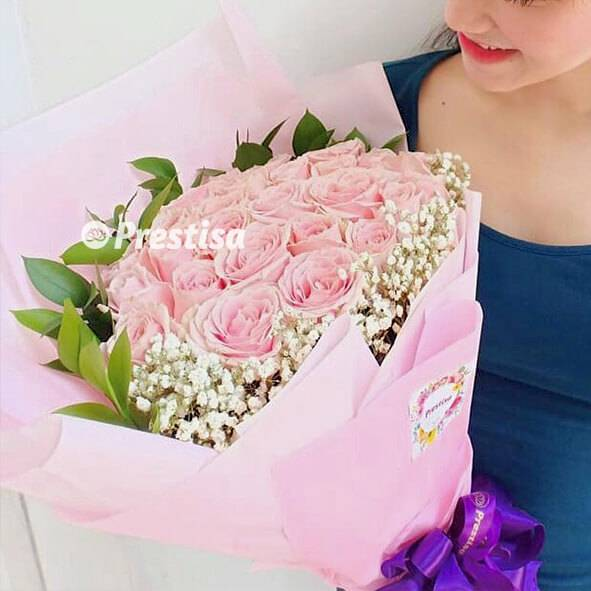 Sweet Pink Rose Bouquet