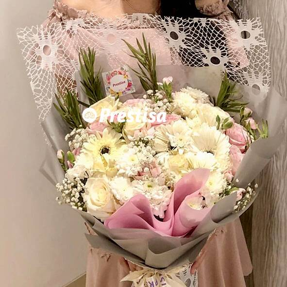 Classy Gerbera Bouquet