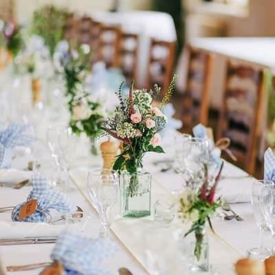 jual bunga dekorasi pelaminan dan pernikahan   prestisa