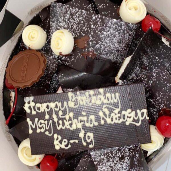 Festive Choco Cake Palembang
