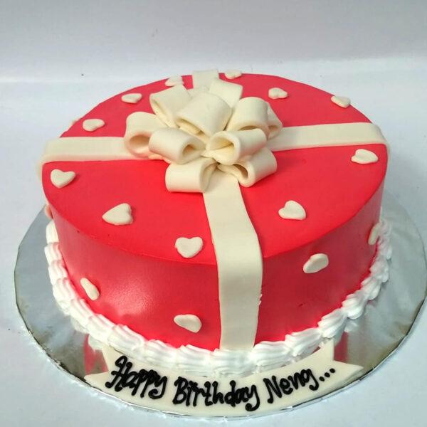 Love Wrapped Cake Tangerang