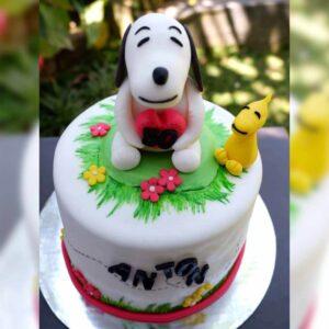 Snoopy Cake Bali