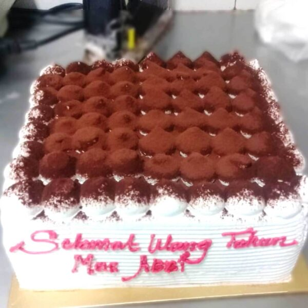Square Vanilla Cake Semarang